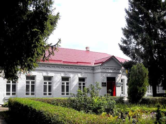 Хмельницький обласний еколого-натуралістичний центр учнівської молоді