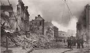 Хрещатик  зруйнований. 1941 р.