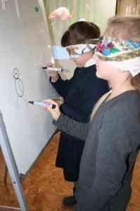 Конкурс художників з завязаними очима