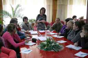 Котченко М. В. доповідає про дослідницьку роботу з юннатами